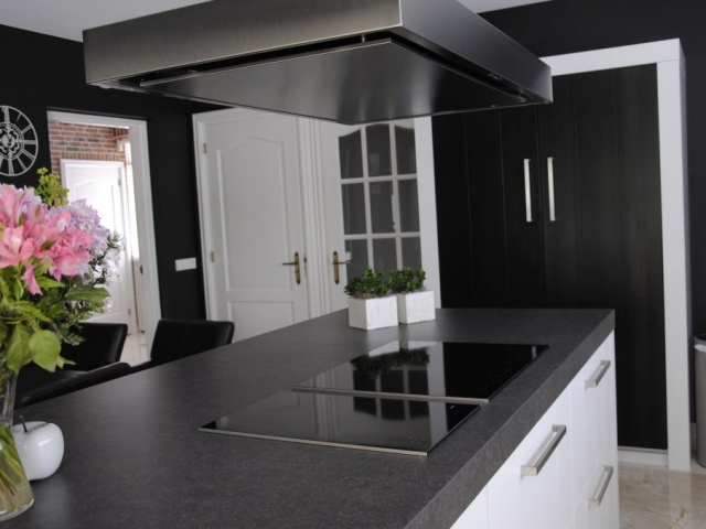 Landelijk moderne pure dutch keuken in hardinxveld giessendam keukenhof sliedrecht for Modern keukenhout