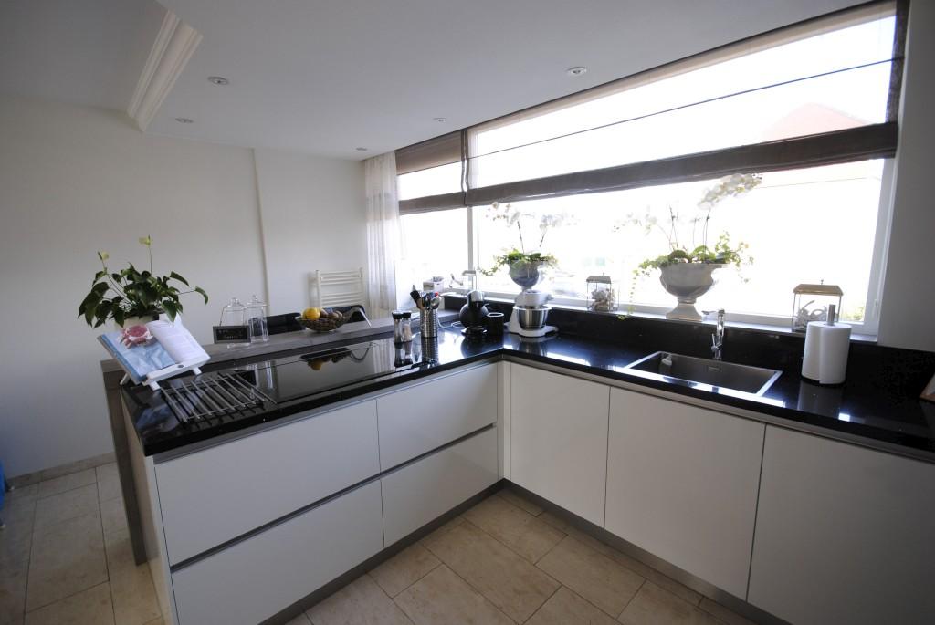 Moderne Keukens Afbeeldingen : Moderne keuken met downdraft in hardinxveld giessendam keukenhof