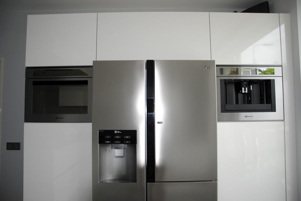 Moderne Keuken Greeploos : Moderne keukens keuken met i cooking in ...