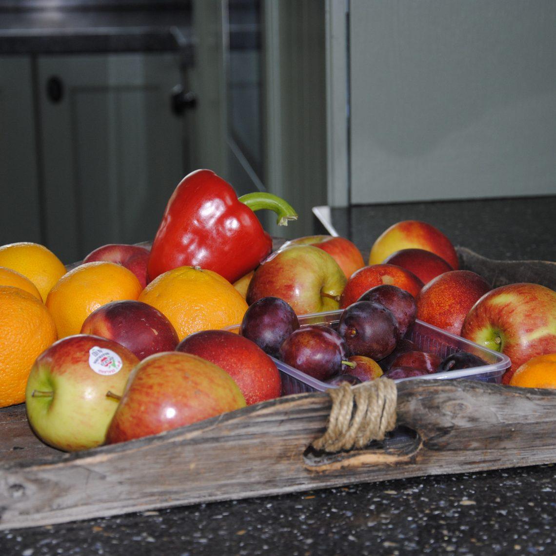 Graniet werkblad in landelijke keuken