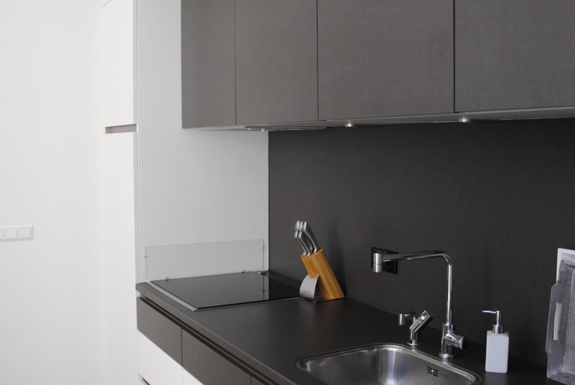 Moderne keuken met markant ontwerp in hardinxveld giessendam keukenhof sliedrecht for Moderne keuken ideeen