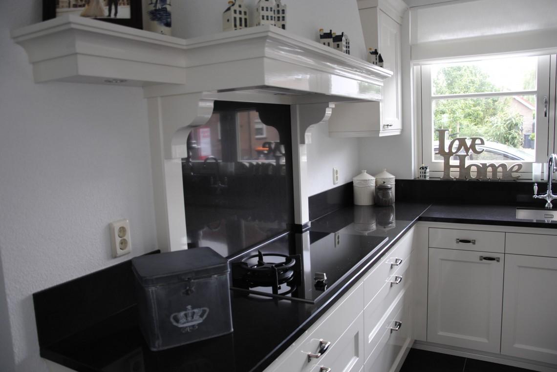 Schouw Keukens Almere : Het schouw keukens almere nostalgische keuken met landelijke