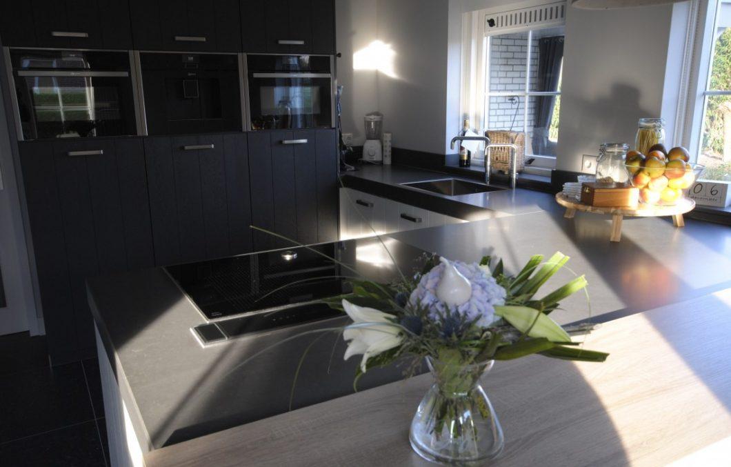 Keuken met composiet
