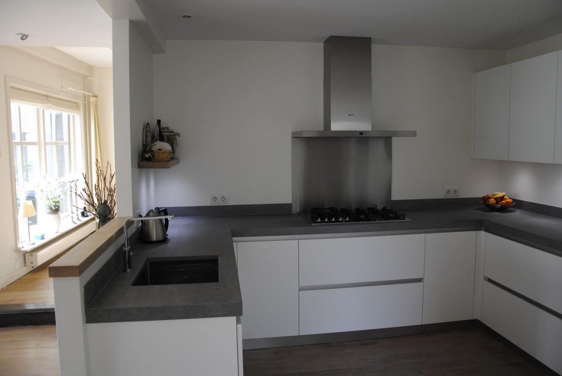 Moderne keuken in giessenburg keukenhof sliedrecht for Moderne keuken