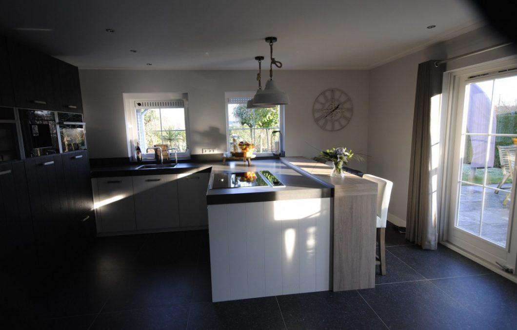 Moderne keuken grafiet-wit