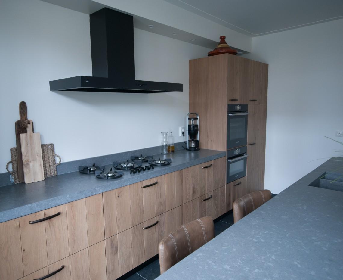 Massief eiken keuken met pitt cooking in hardinxveld giessendam keukenhof sliedrecht - Model keuken ...