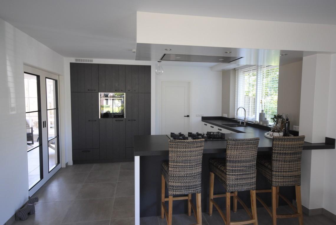 Landelijk moderne keuken in hardinxveld keukenhof sliedrecht for Robuust landelijk wonen