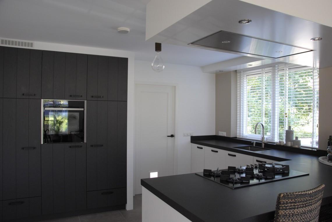 Landelijk moderne keuken in hardinxveld keukenhof sliedrecht for Moderne keuken in de oude