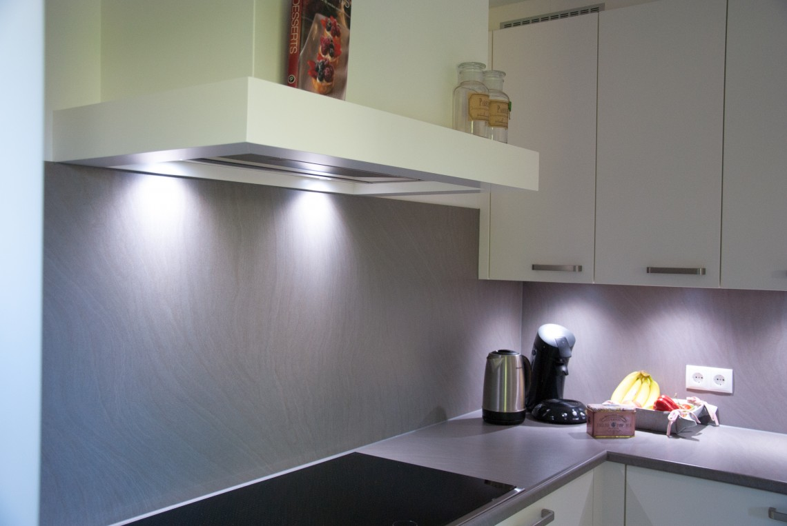 Moderne Tijdloze Keuken : Tijdloze keuken met strakke look in hardinxveld giessendam