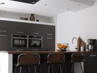 Modern Keuken Schiereiland : Moderne keuken met schiereiland in hardinxveld giessendam
