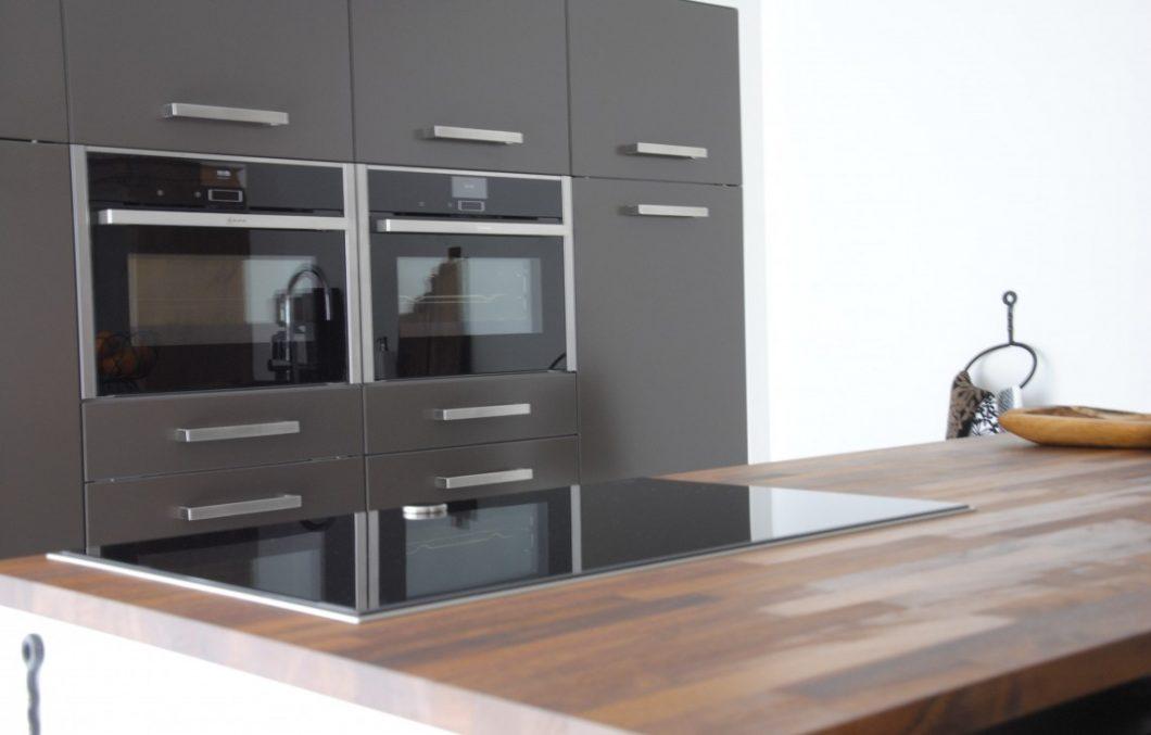 Moderne keukens met iroko keukenblad