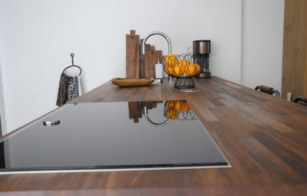 Iroko keukenblad bij Keukenhof Sliedrecht