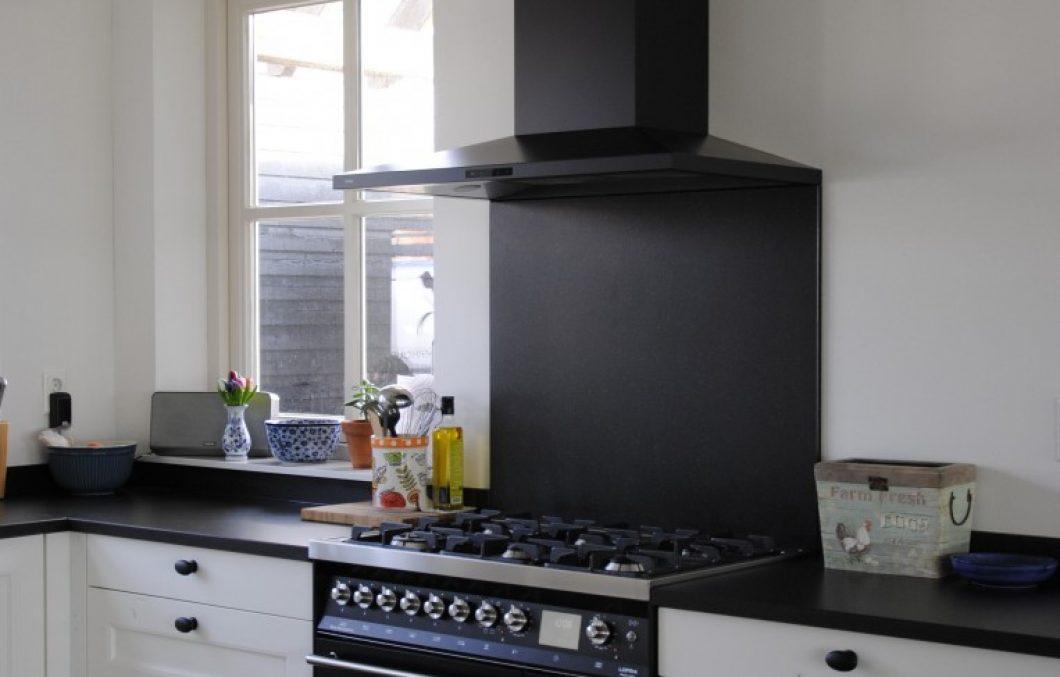 Keuken met Lofra fornuis