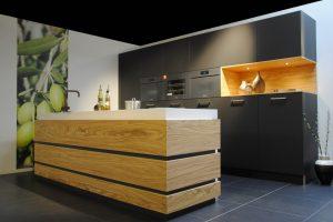 Keuken met olijfhout en Miele apparatuur
