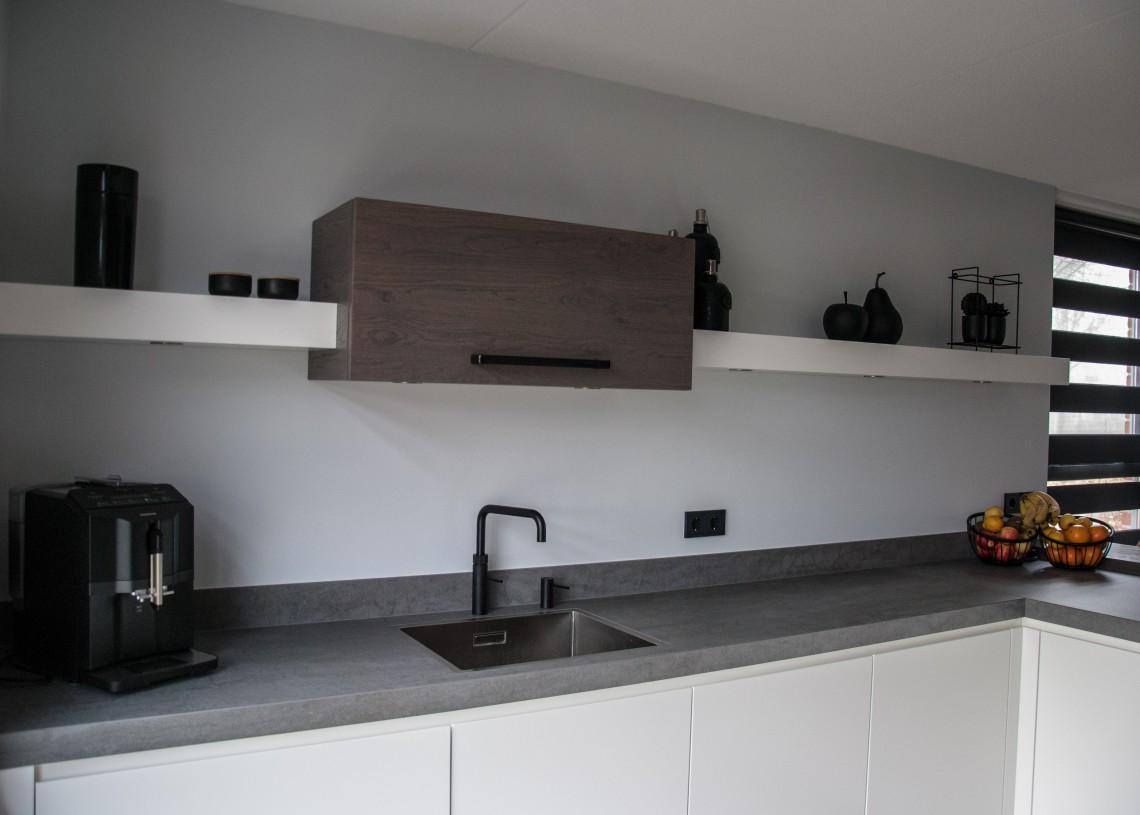 Inbouw Stopcontact Keuken : Houten keuken op maat in papendrecht keukenhof sliedrecht