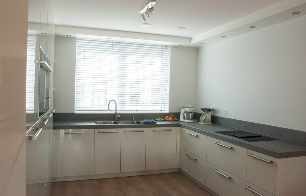 Moderne hoogglans keuken