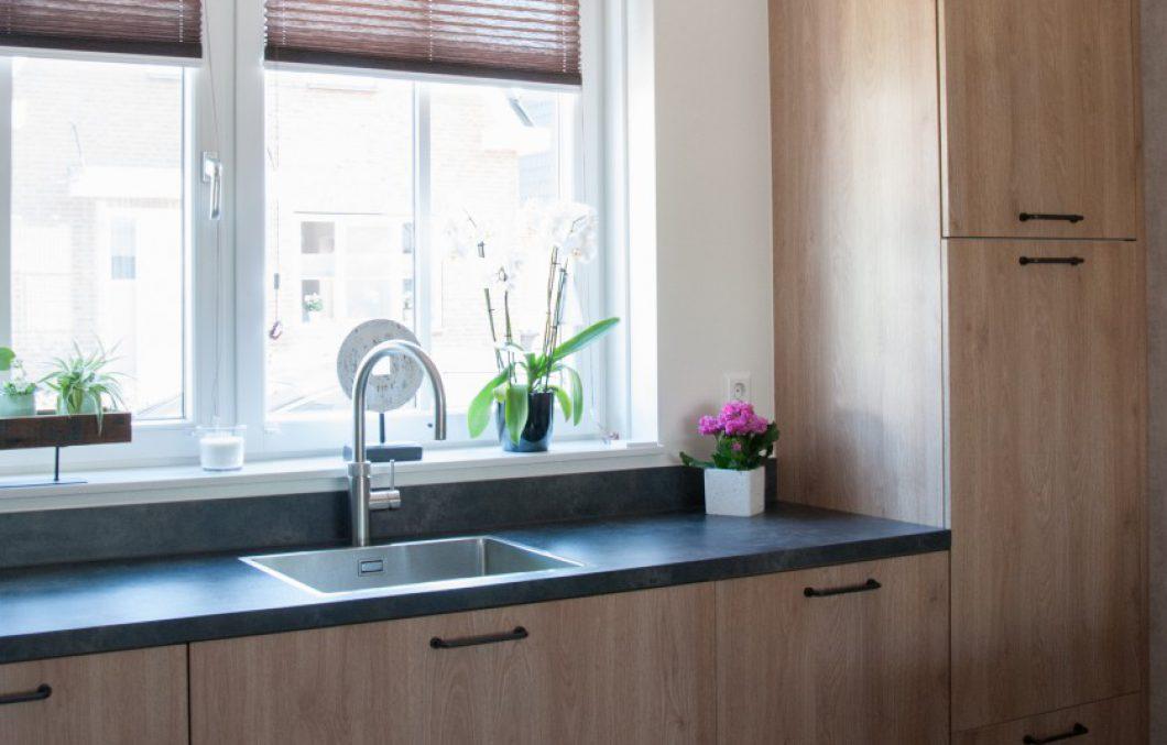Houtlook keuken in Hardinxveld-Giessendam